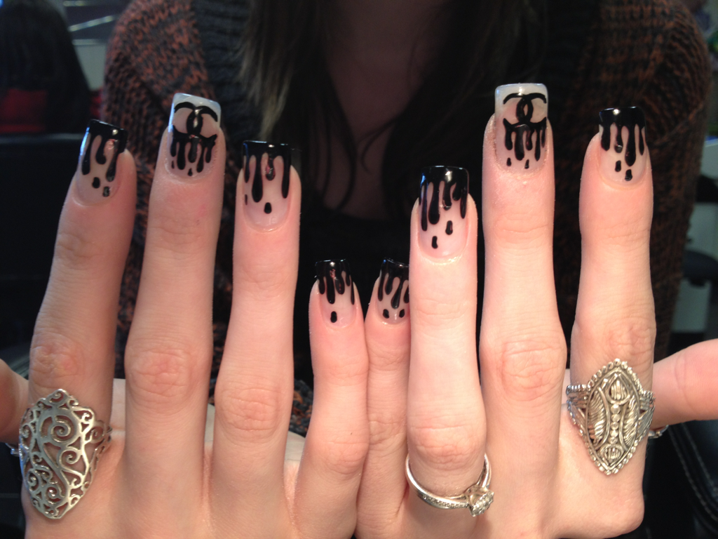 Nails Of The Week Chanel Drip Effortlesscool